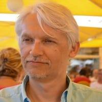 Une longue conférence enrichissante de Fabrice Bak