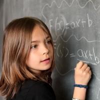 Reconnaître et aider un enfant précoce
