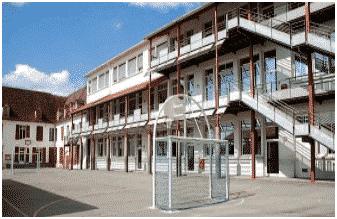 Collège Moncade Jeanne d'Arc à Orthez (64)