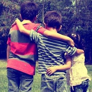 Trois enfants doués pour une maman débordée