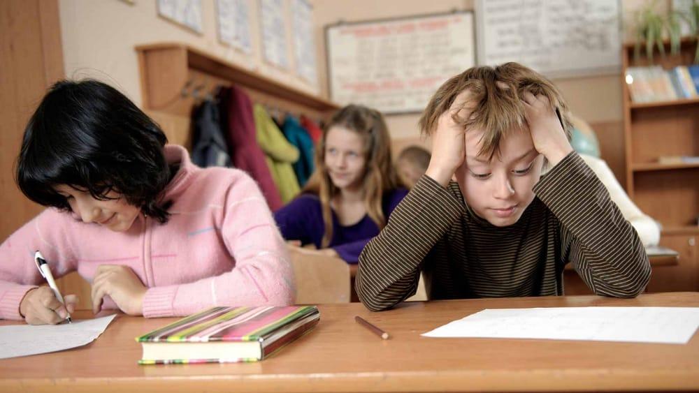 L'impossibilité apparente de passer un examen chez l'enfant précoce
