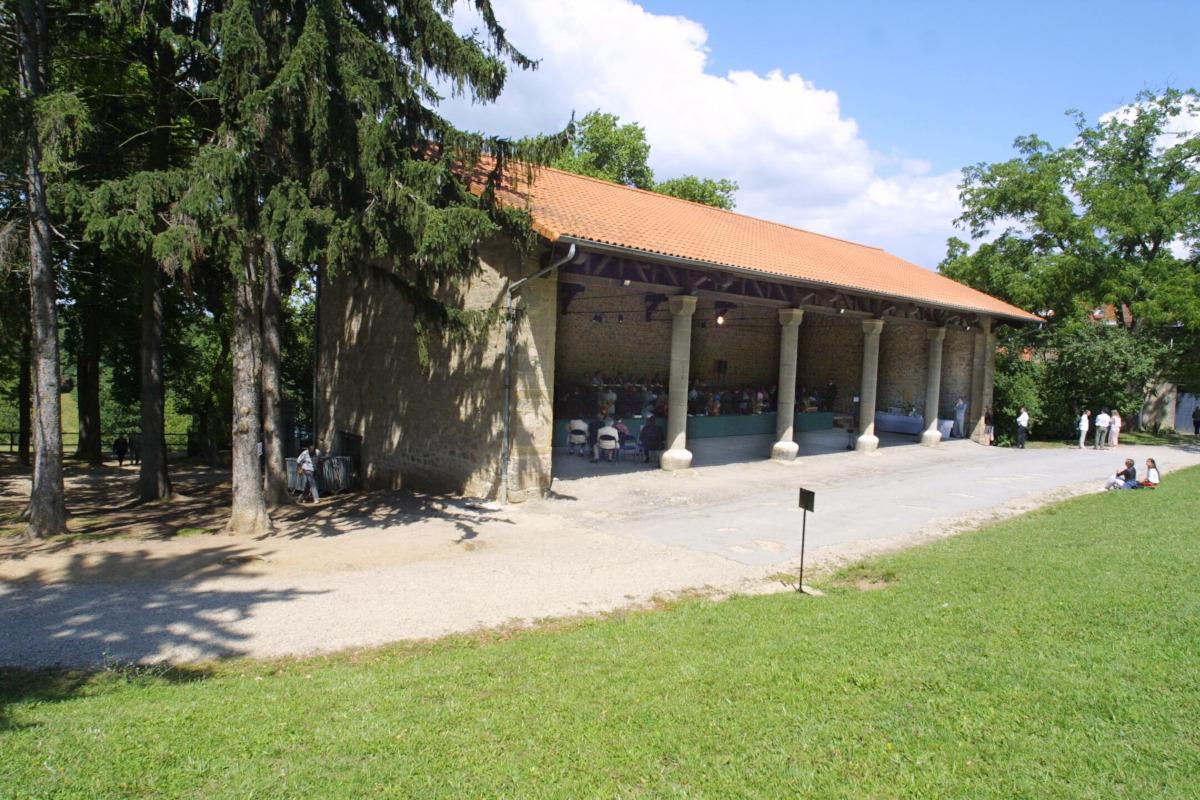 Grange du domaine de Lacroix-Laval