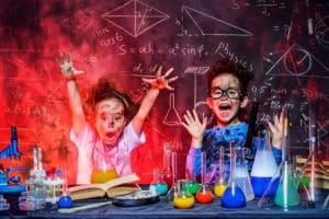 Découvrir les sciences en vidéo pour les enfants précoces
